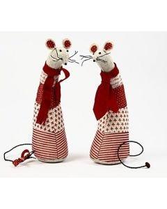Vivi Gade Curious Mice