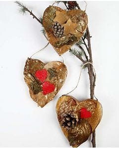 Natural Christmas Hearts