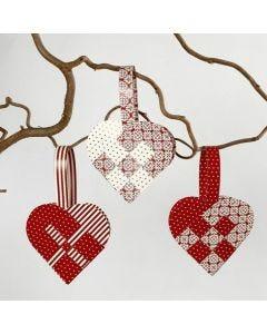 Woven Christmas Heart Baskets