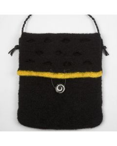 A Felted Bag for an Ipad