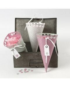 Vivi Gade Design Paper Cones with Lace