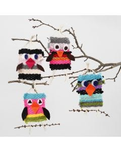 Woven Birds from Maxi Acrylic Yarn with Felt Details