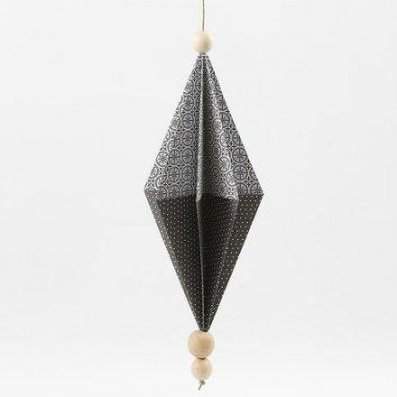 A rectangular Paper Diamond made from Vivi Gade Design Paper