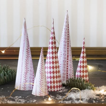 Design Paper Cone-shaped Christmas Trees