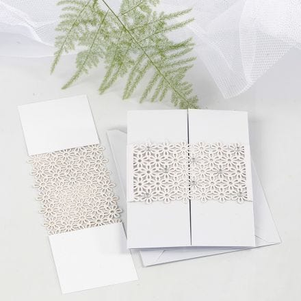 Lace patterned Card Waist Band as a Fastener on a Tri-fold Greeting Card