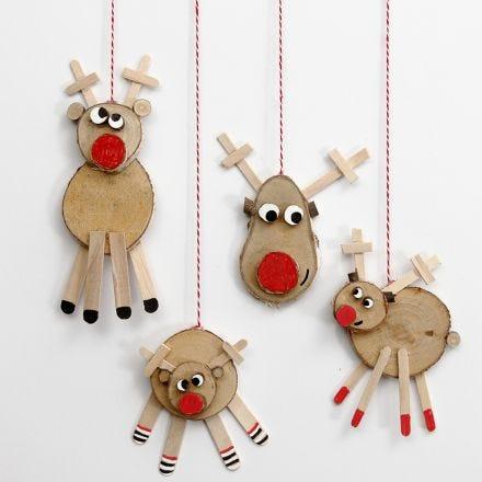 Reindeer made from wooden Discs