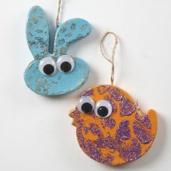 Painted hanging Papier-Mâché Animals with wiggle Eyes & Glitter