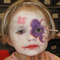 Face Paint – Flowers made with water-based Face Paint