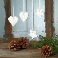 Cut-out hanging Decorations from self-hardening Clay