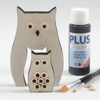 Painted Owls decorated with wooden Buttons