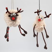 Pom-Pom Reindeer with Silk Clay and Pipe Cleaners with  Beads