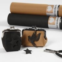A Clasp Purse from faux Leather Paper