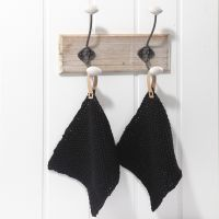 Knitted Pot-holders with Faux Leather Paper Straps